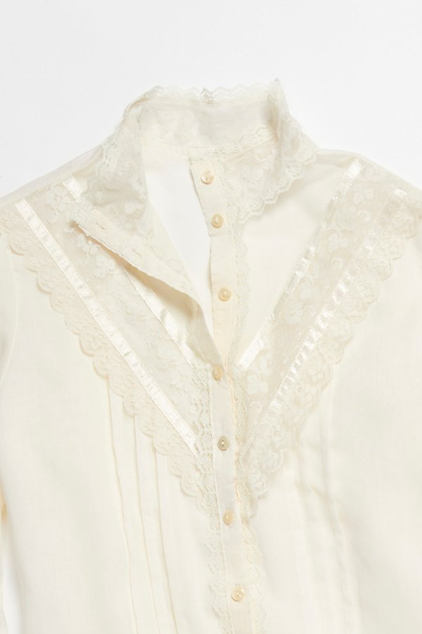Slide View 2: Vintage 1970s Lace Blouse