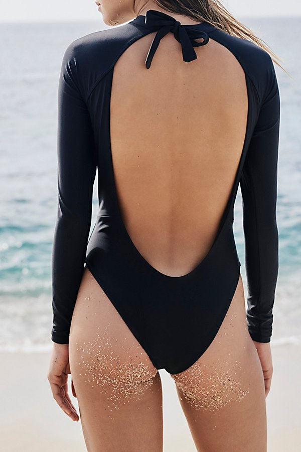 Slide View 3: Billie One Piece Rashguard