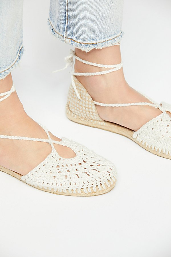 Slide View 3: Catalina Crochet Espadrille