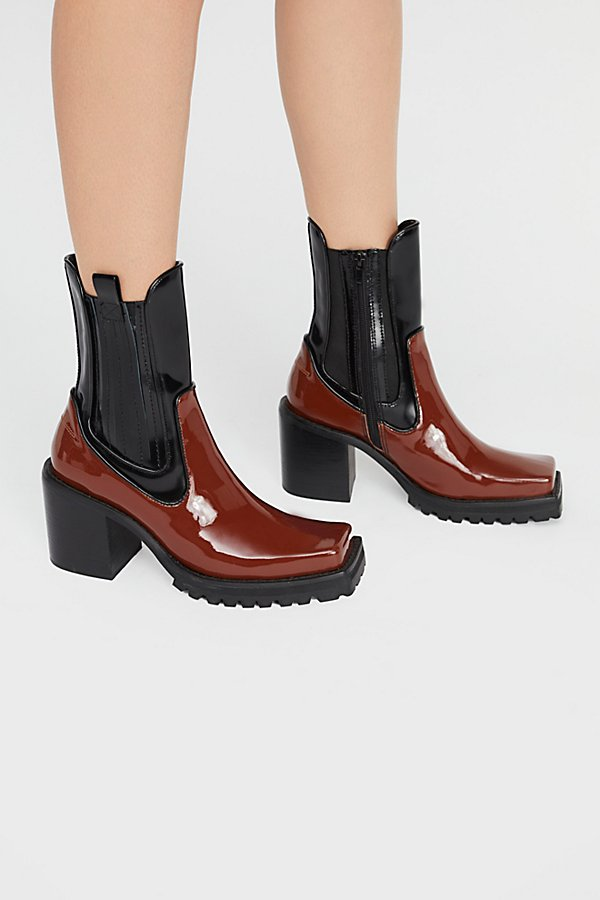 Slide View 2: Elkins Chelsea Boot