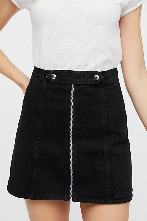 Slide View 3: Lily Denim Skirt