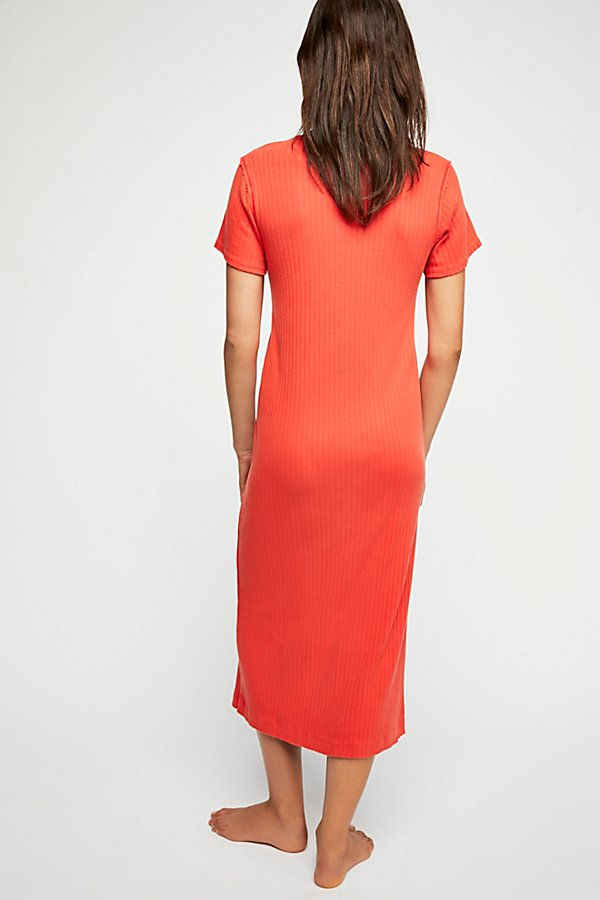 Slide View 2: Weekend Midi Dress