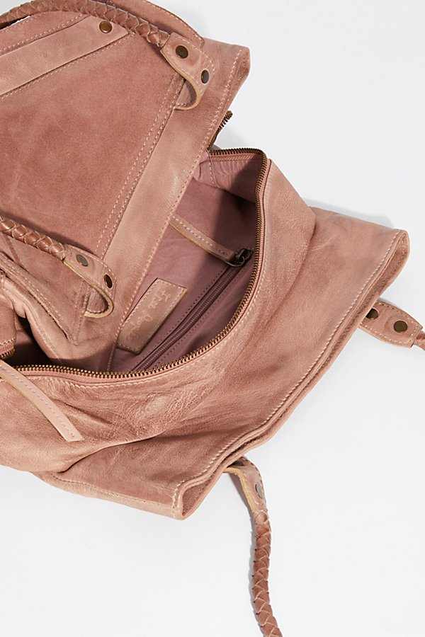 Slide View 6: Waverly Distressed Tote
