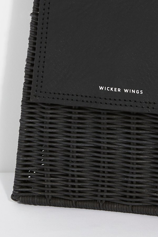 Slide View 3: Wicker Wings Tixing Tote
