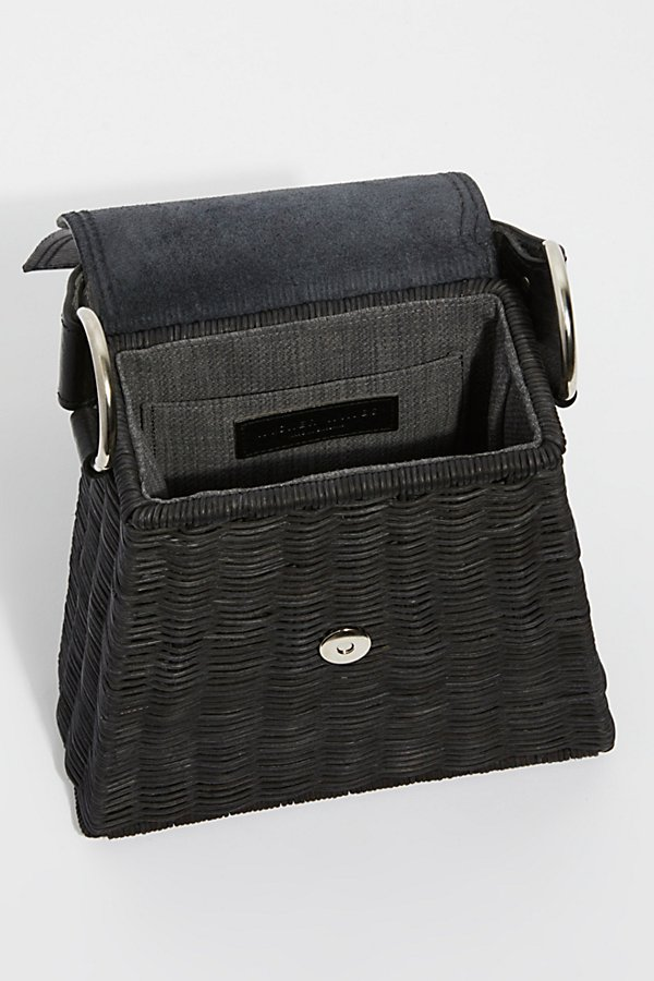 Slide View 5: Wicker Wings Tixing Tote