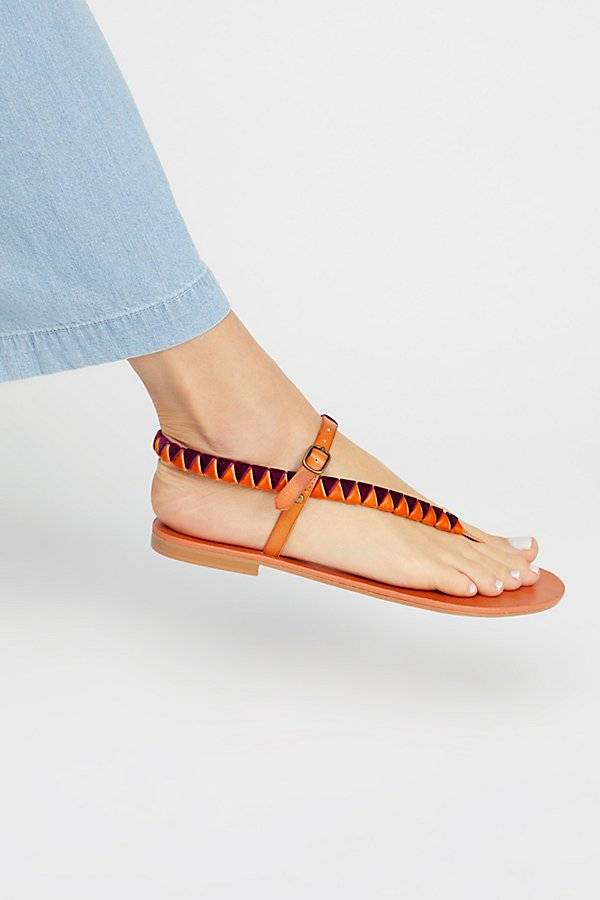 Slide View 1: Vegan Cayman Sandal
