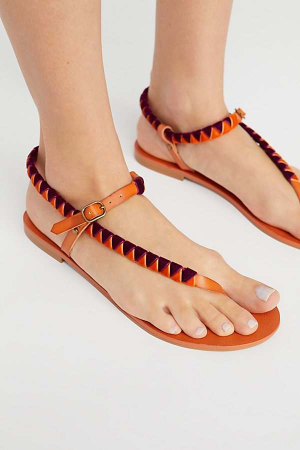 Slide View 3: Vegan Cayman Sandal