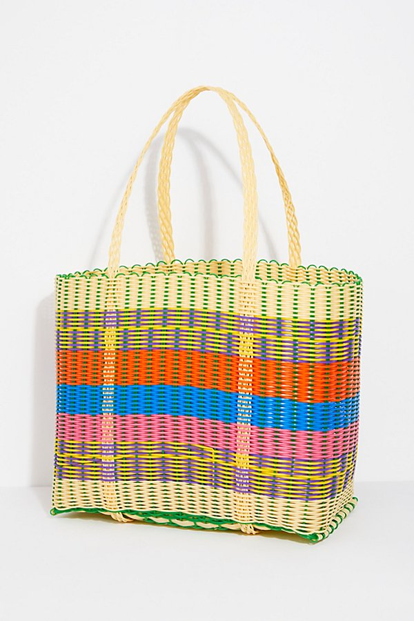 Slide View 4: Paradiso Woven Tote