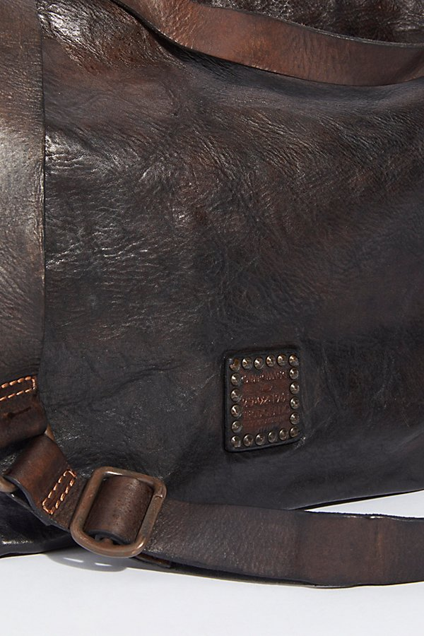 Slide View 5: Sierra Distressed Hobo