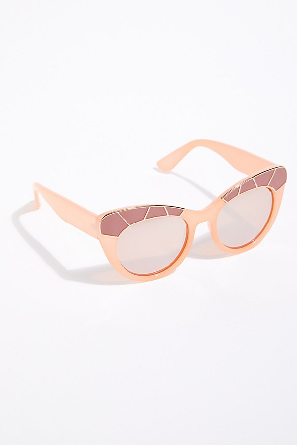 Slide View 2: Bella Vista Cat-Eye Sunglasses