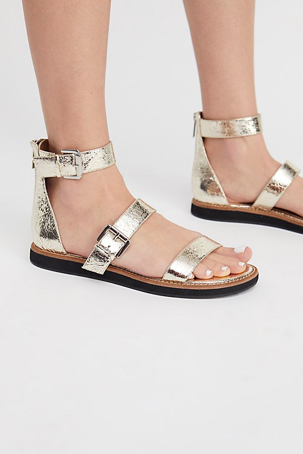 Slide View 3: Sparrow Sandal