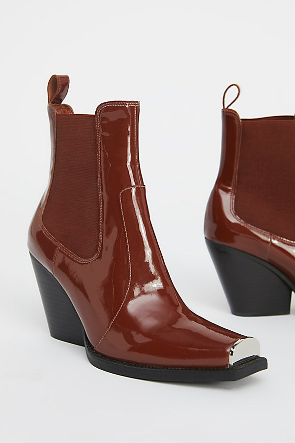 Slide View 3: Surrey Chelsea Boot