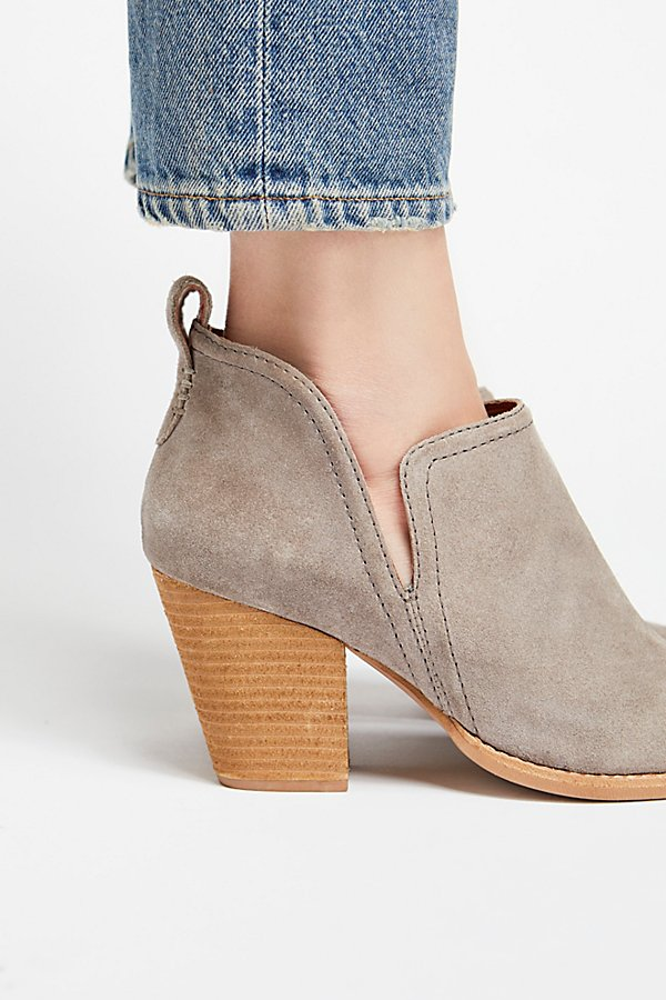 Slide View 3: Santiago Ankle Boot