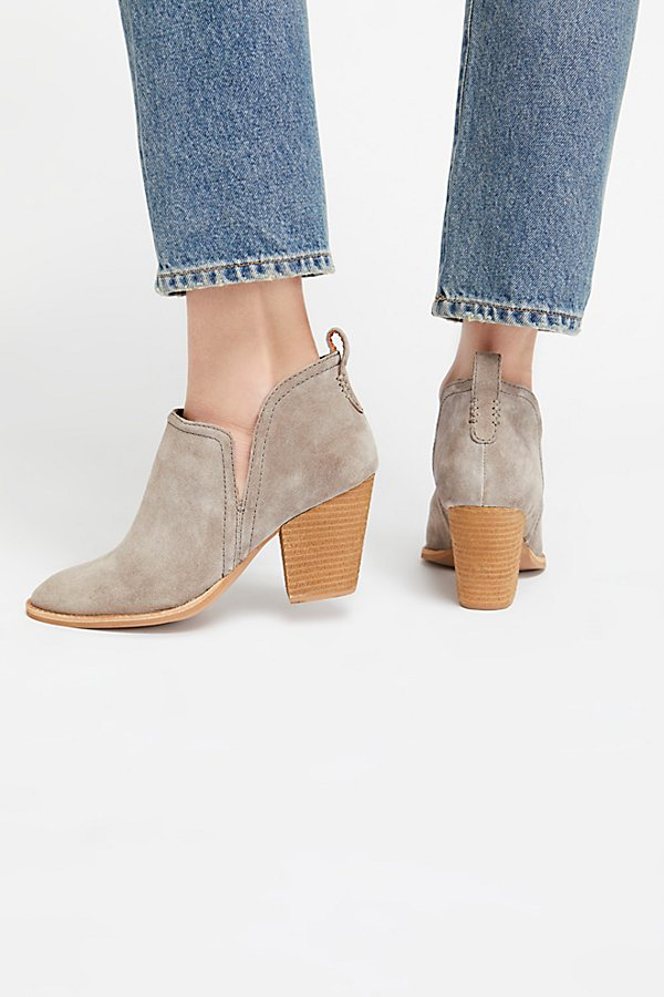 Slide View 4: Santiago Ankle Boot