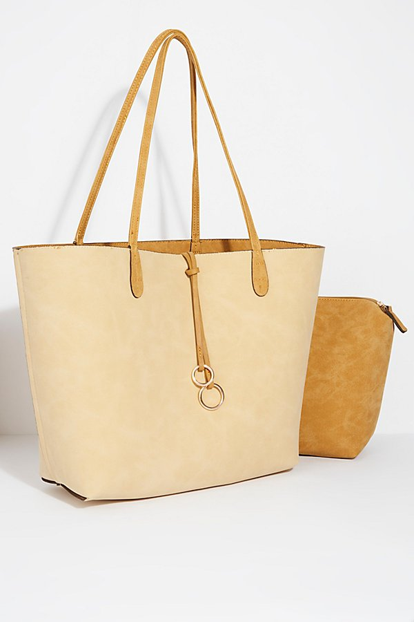 Slide View 5: Double Ring Tote
