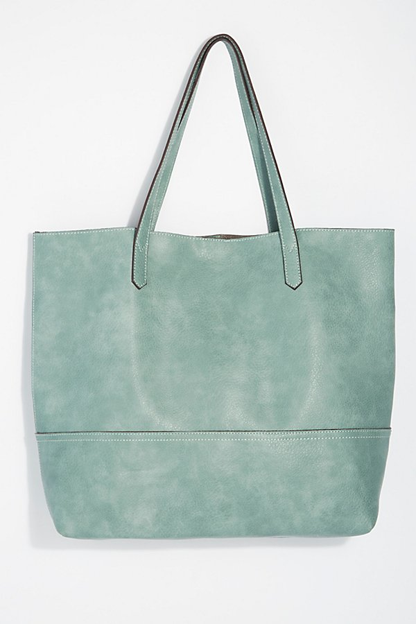 Slide View 3: All Day Tote