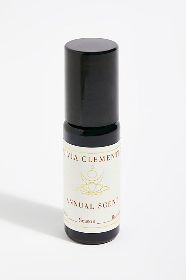 Slide View 1: Olivia Clementine Annual Scent