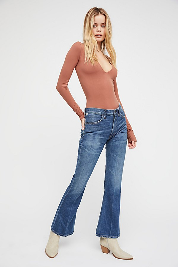 Slide View 2: Citizens of Humanity Kaya Mid-Rise Crop Flare Jeans