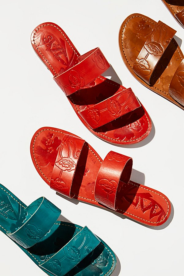 Slide View 1: Sheroes Slide Sandal