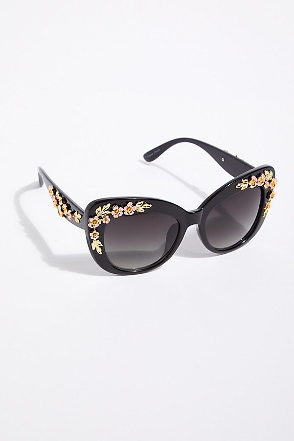 Slide View 2: Petal Pusher Sunnies
