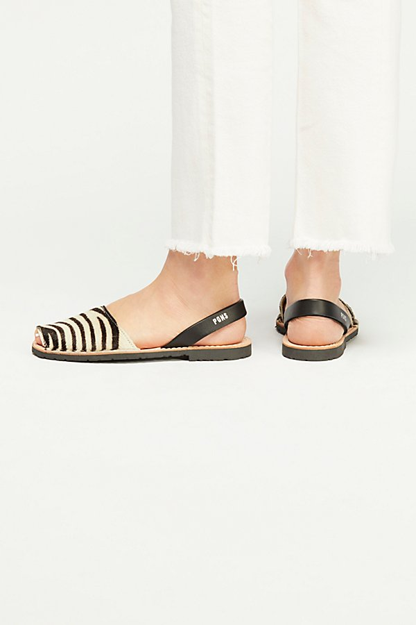 Slide View 4: Safari Sandal
