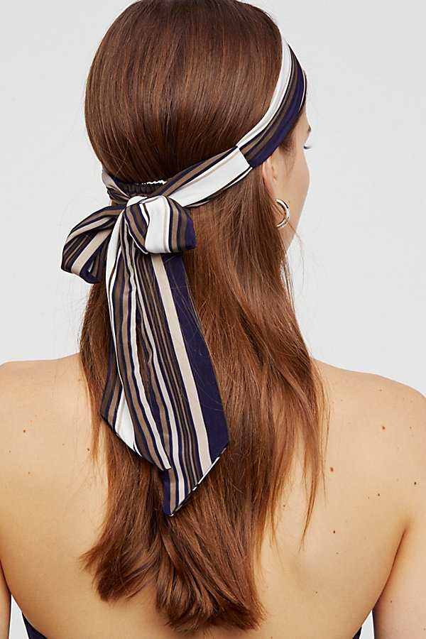 Slide View 3: Cadillac Tie Back Head Scarf