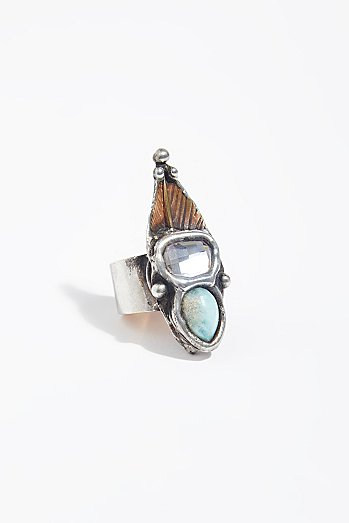 Splendid Raw Stone Ring