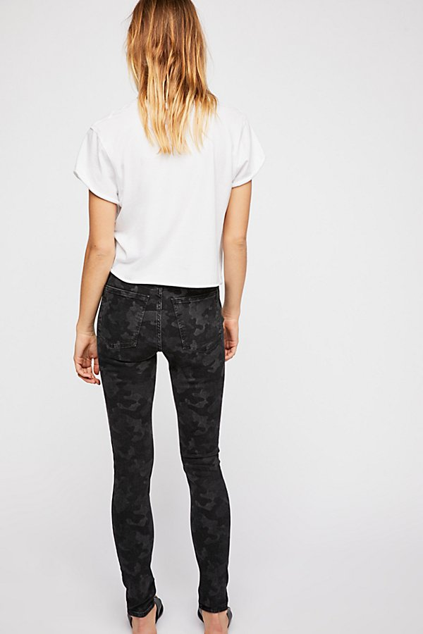 Slide View 2: Long and Lean Printed Jegging