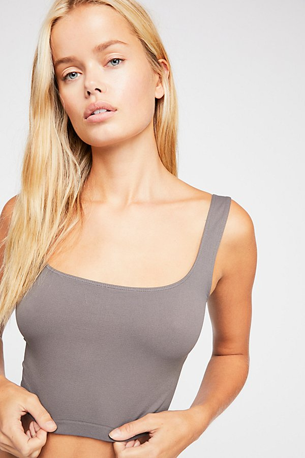 Slide View 2: Scoop Neck Crop