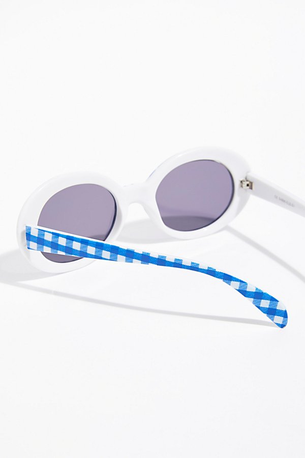 Slide View 5: Pool Party Printed Sunglasses