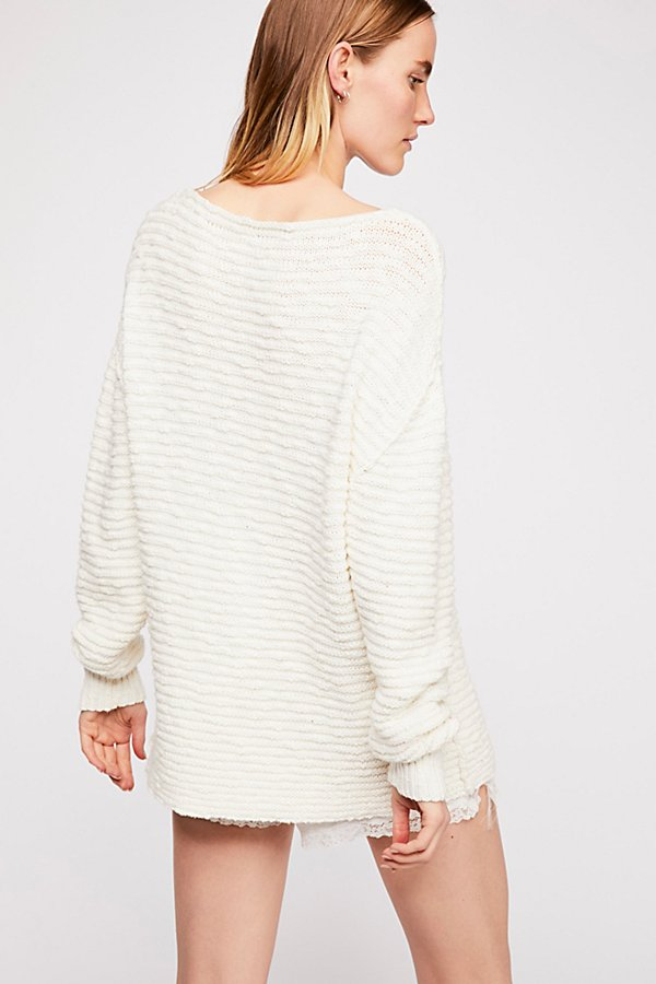 Slide View 3: Menace Solid Tunic Sweater