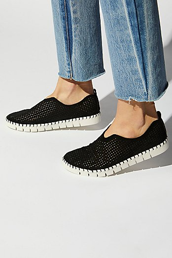 Tiles Slip On Sneaker