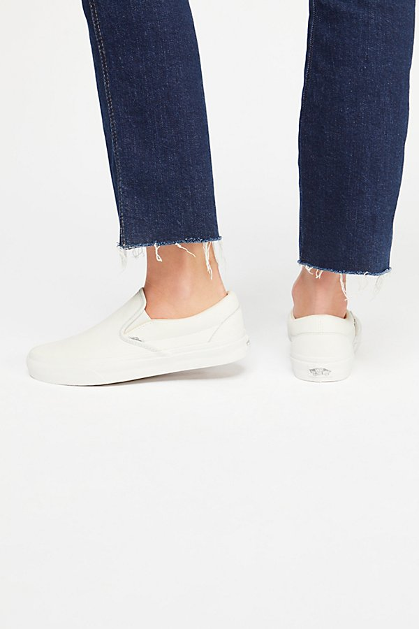 Slide View 4: Vansbuck Classic Slip-On