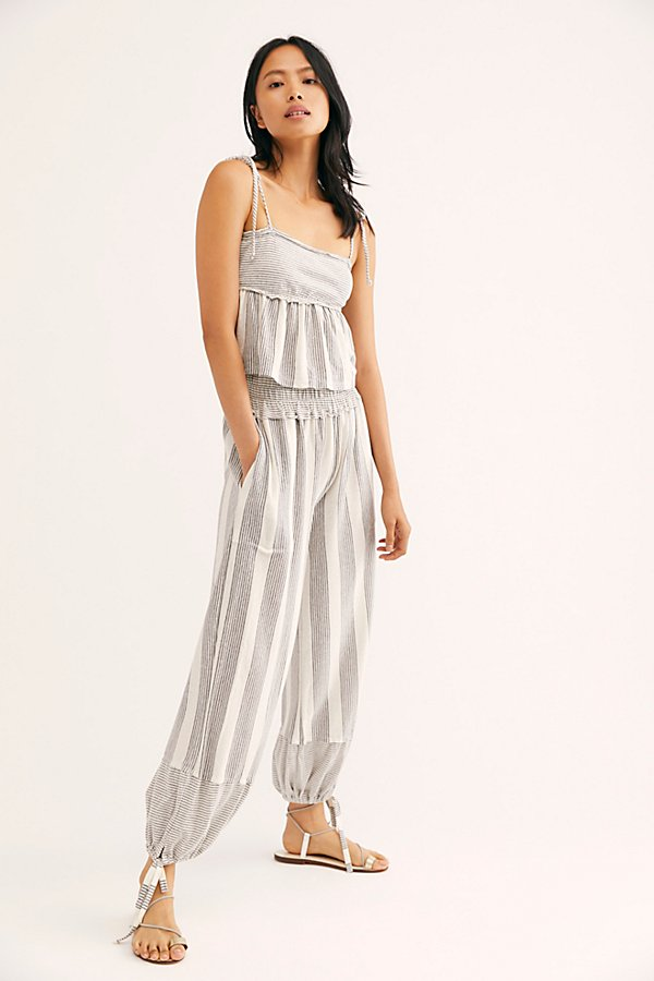 Slide View 1: Laguna Stripe Co-Ord