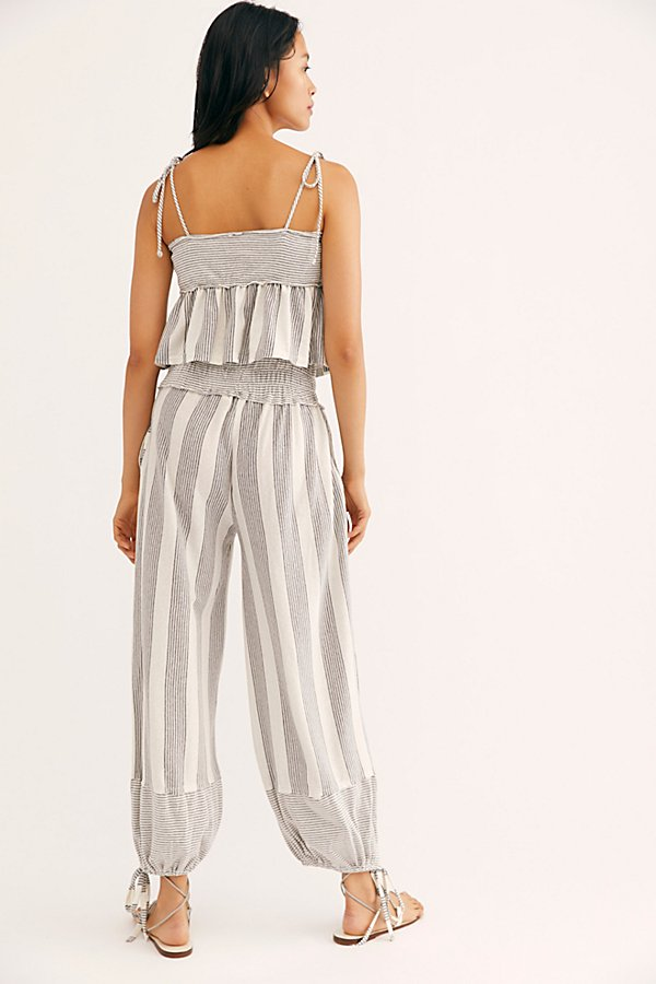 Slide View 2: Laguna Stripe Co-Ord