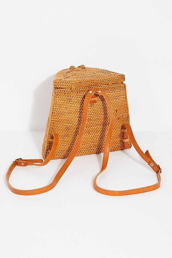 Slide View 4: Gili Basket Backpack