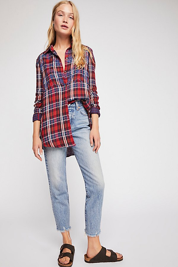 Slide View 5: Magical Plaid Buttondown Top