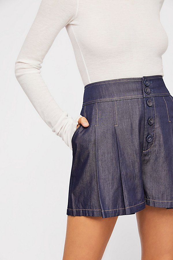 Slide View 4: Chambray Short