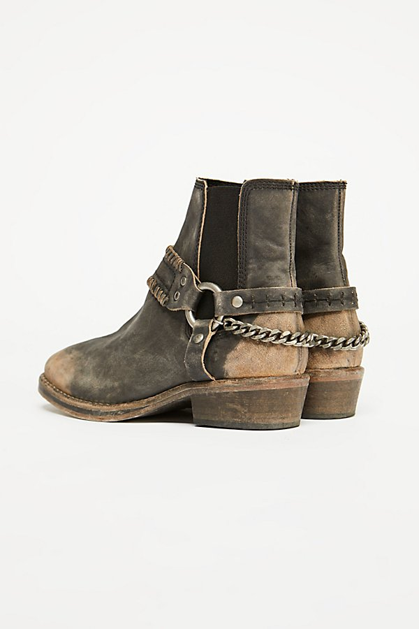 Slide View 4: Stony Desert Boot