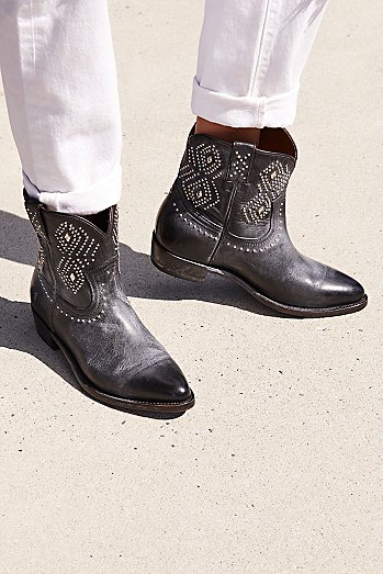 Billy Stud Western Boot