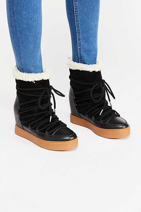 Slide View 2: Trish Wedge Boot
