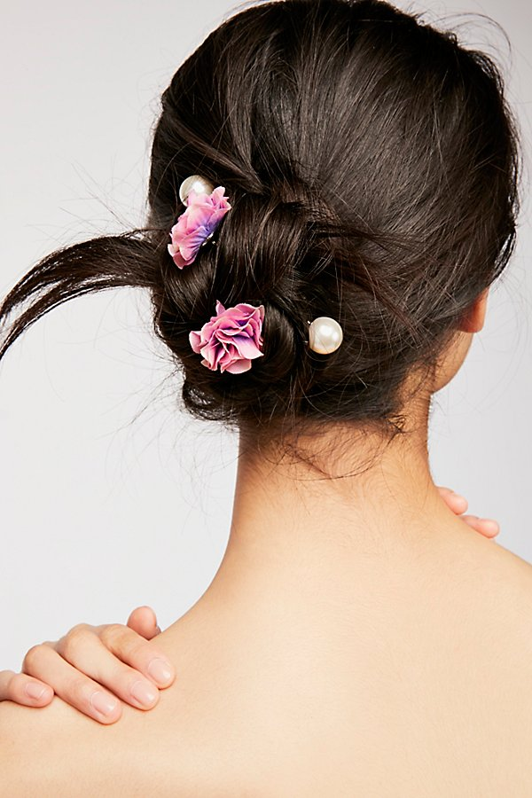 Slide View 1: Petals Hair Pin Set