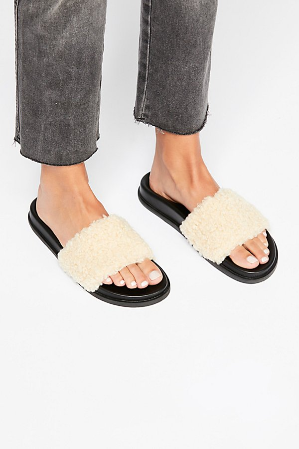 Slide View 2: Kolie Slip-On Sandal