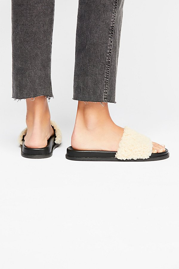 Slide View 4: Kolie Slip-On Sandal