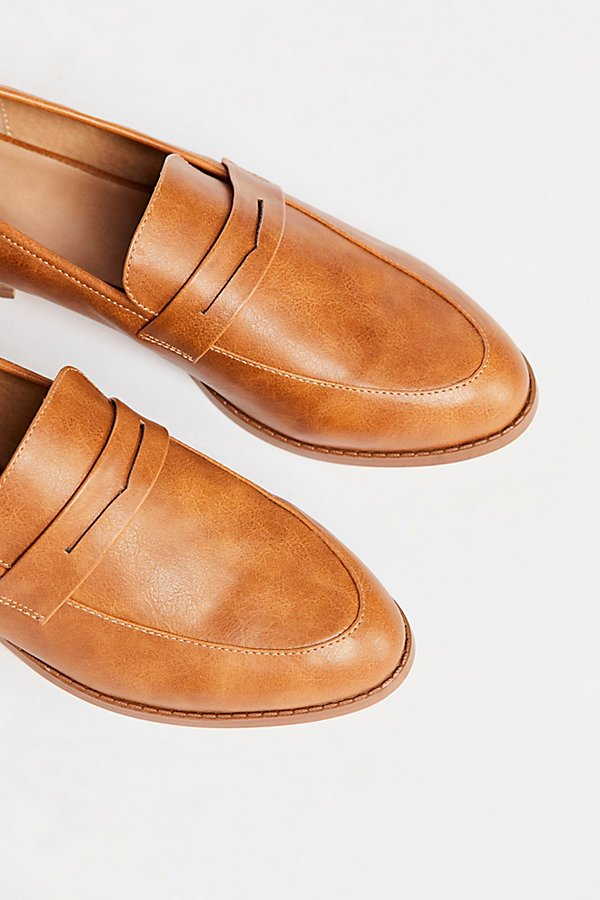 Slide View 3: Lou Lou Penny Loafer