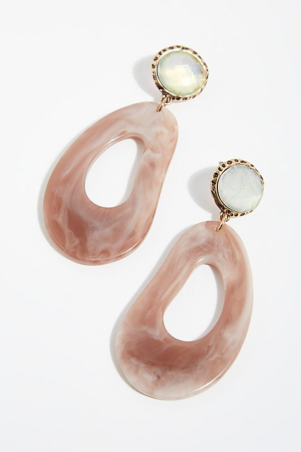 Slide View 2: Camila Resin Earrings