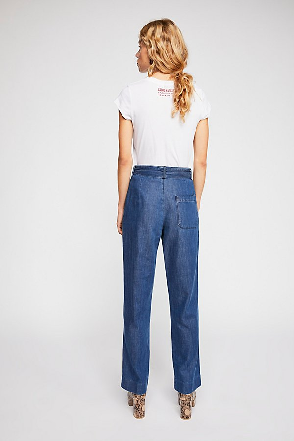 Slide View 2: Closed Milla Belted Jeans
