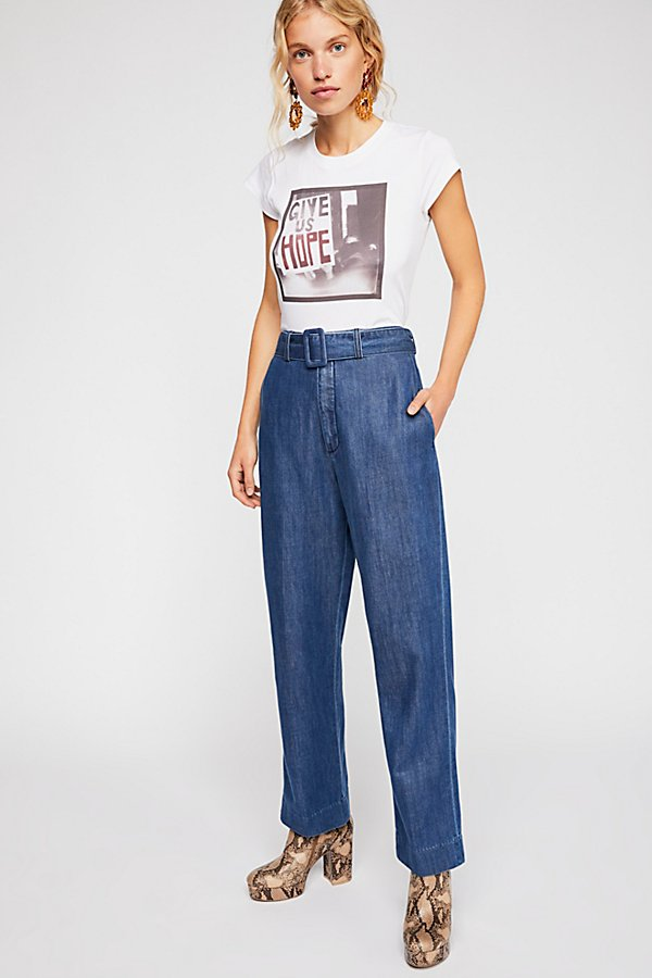 Slide View 3: Closed Milla Belted Jeans