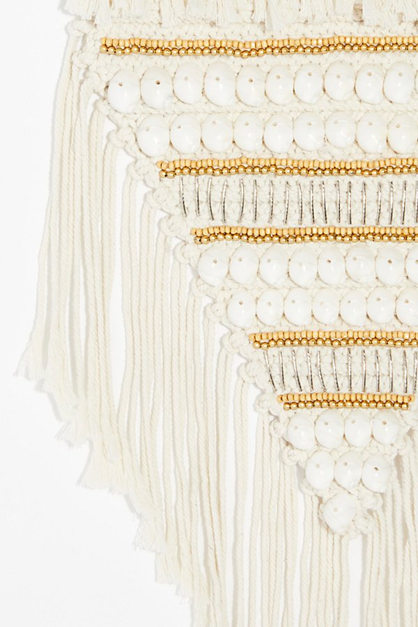 Slide View 2: Beach Feels Macrame