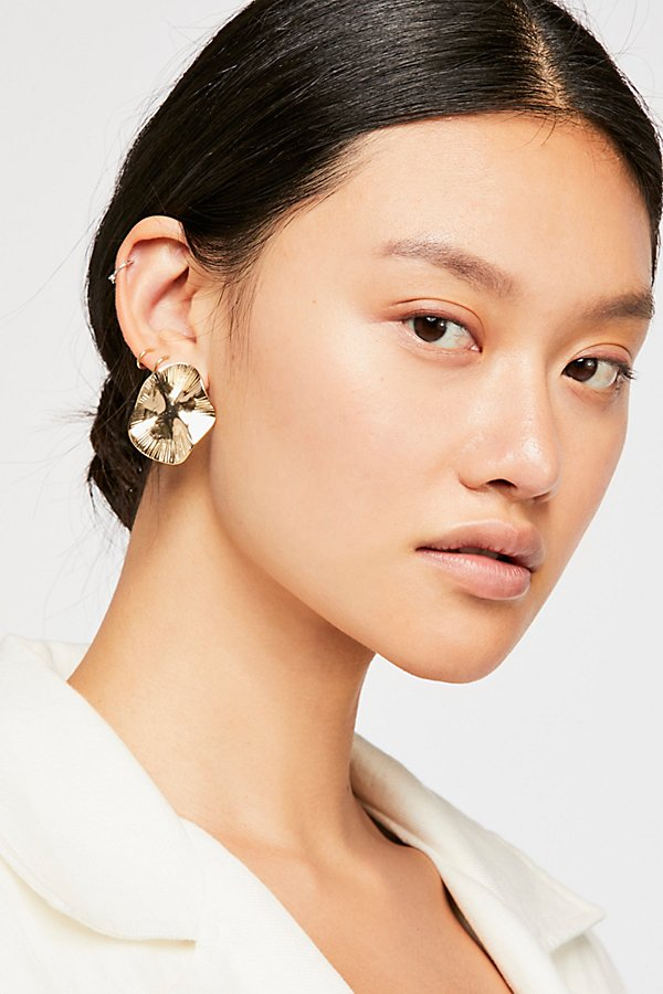 Slide View 1: Waves Oversized Stud Earrings